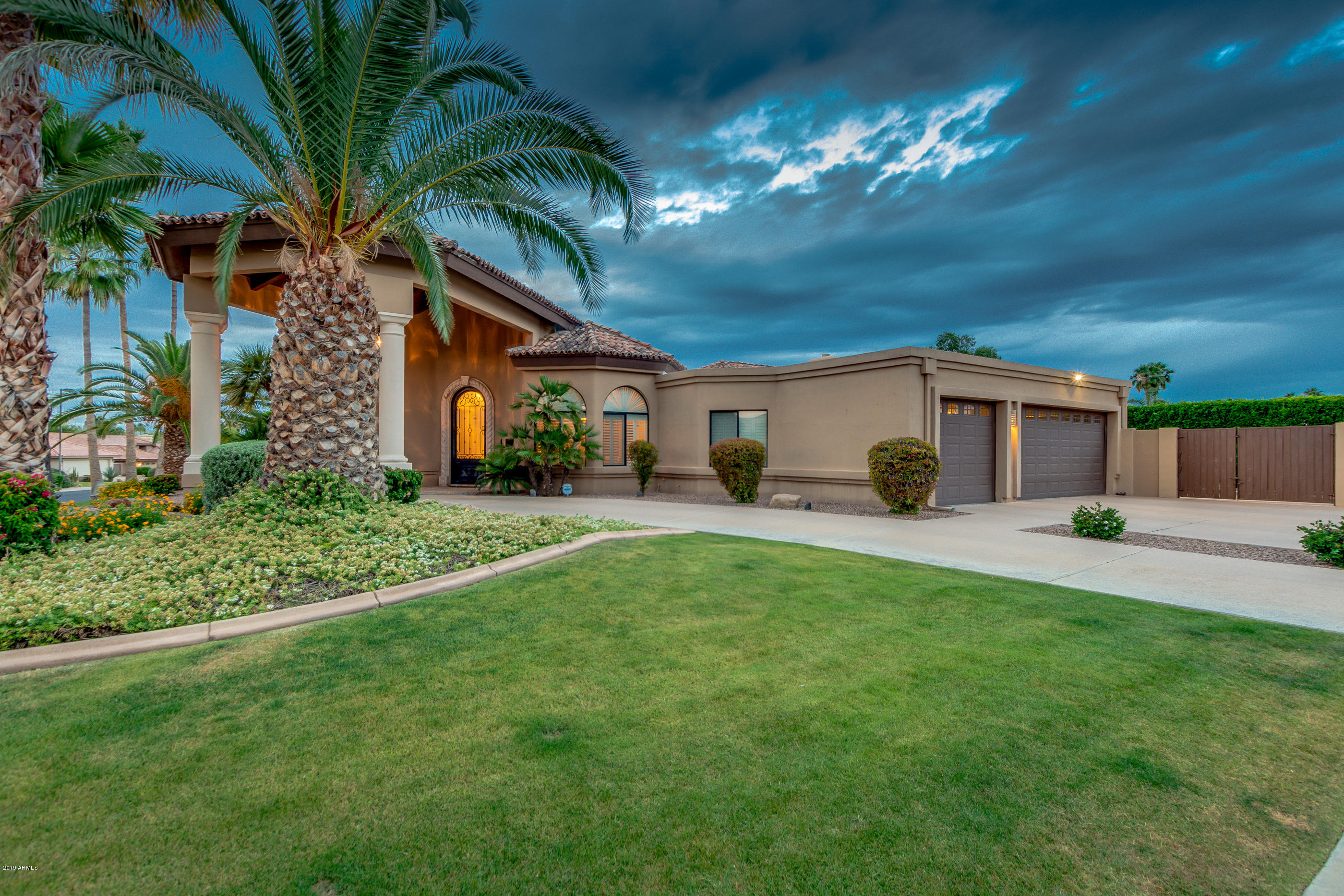 Photo of 10130 E LARKSPUR Drive, Scottsdale, AZ 85260