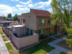 1018 E REDFIELD Road, Tempe, AZ 85283