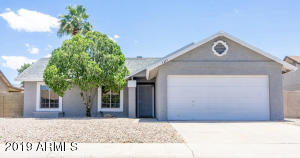 Beautiful move-in ready home. Fresh exterior and interior paint throughout