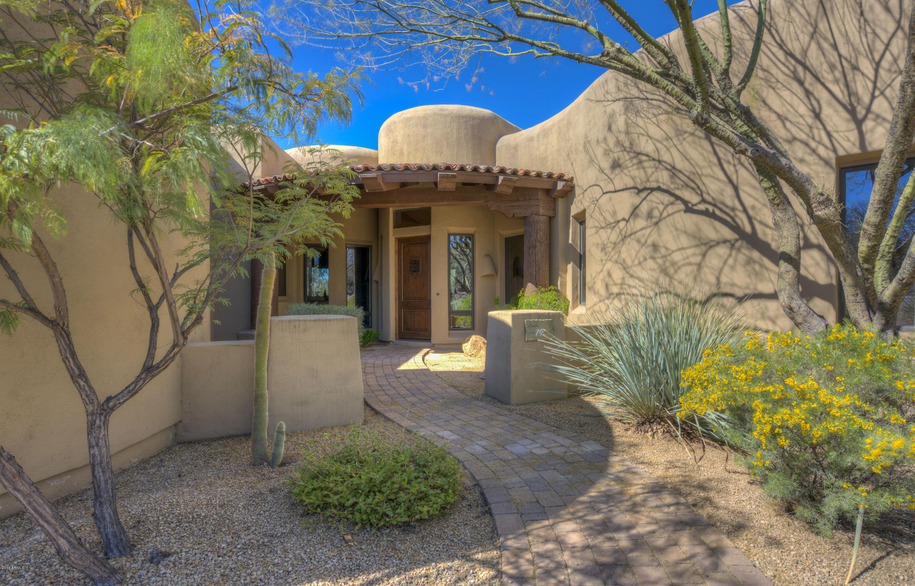 Photo of 7373 E CLUBHOUSE Drive #19, Scottsdale, AZ 85266