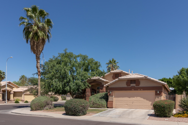 Photo of 4960 W FLINT Street, Chandler, AZ 85226