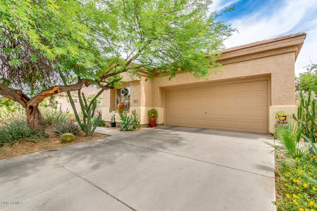 Photo of 841 W ORIOLE Way, Chandler, AZ 85286