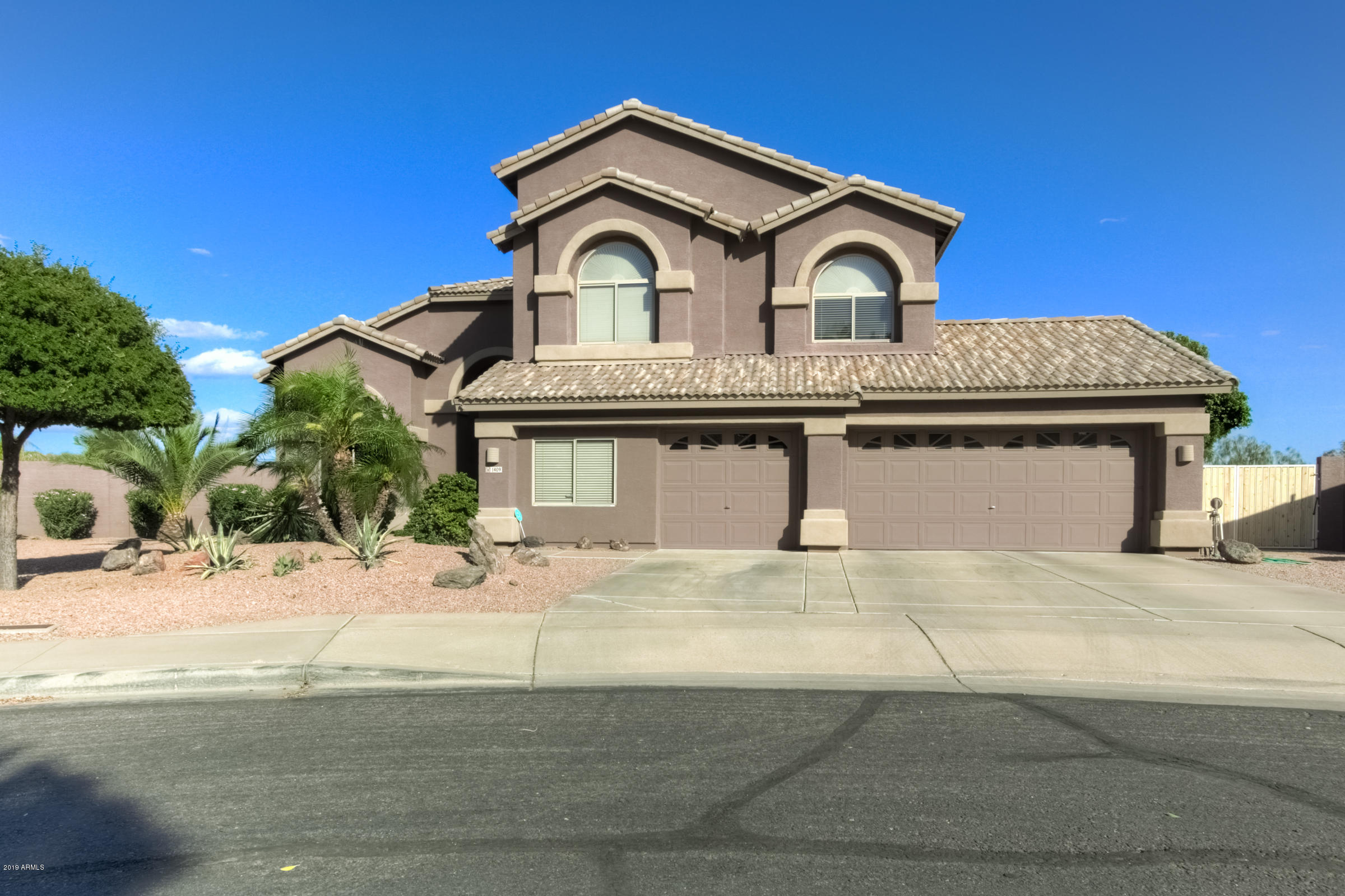 Photo of 1409 N DUVAL Street, Mesa, AZ 85207