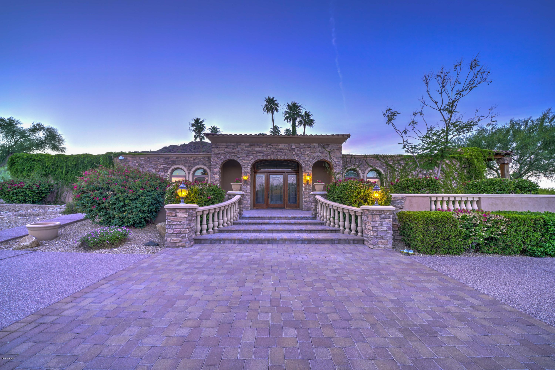 Photo of 4824 E CRYSTAL Lane, Paradise Valley, AZ 85253