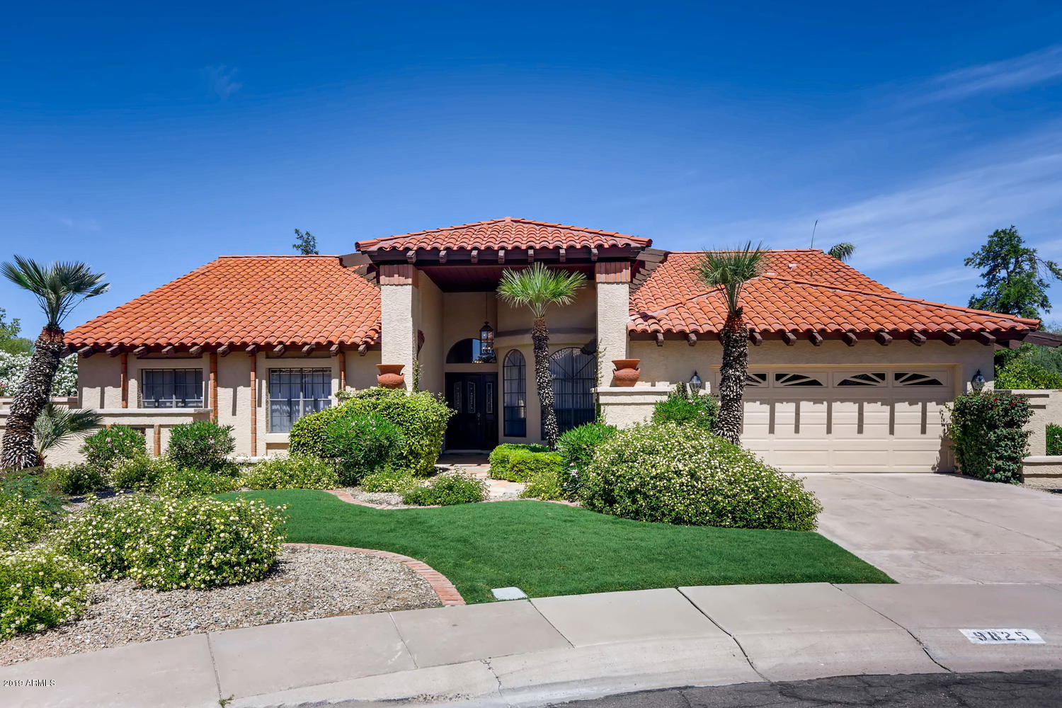 Photo of 9825 N 96TH Place, Scottsdale, AZ 85258
