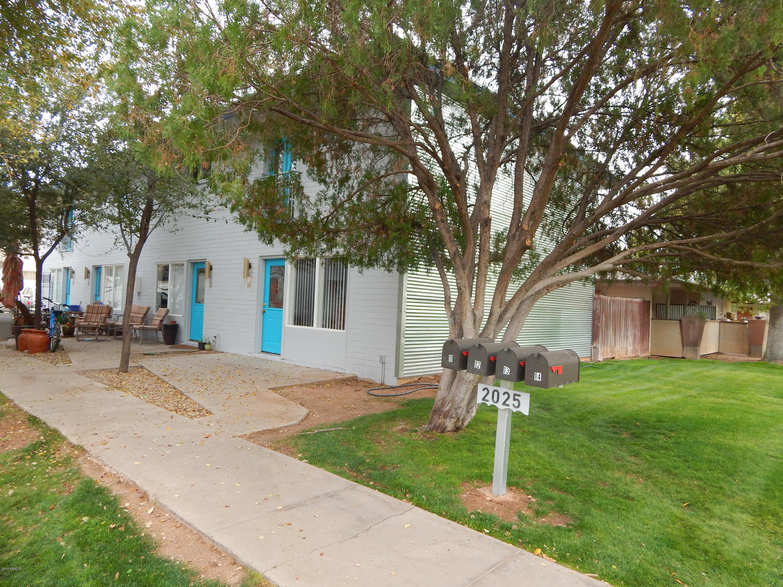 Photo of 2025 S GRANADA Drive #11, Tempe, AZ 85282