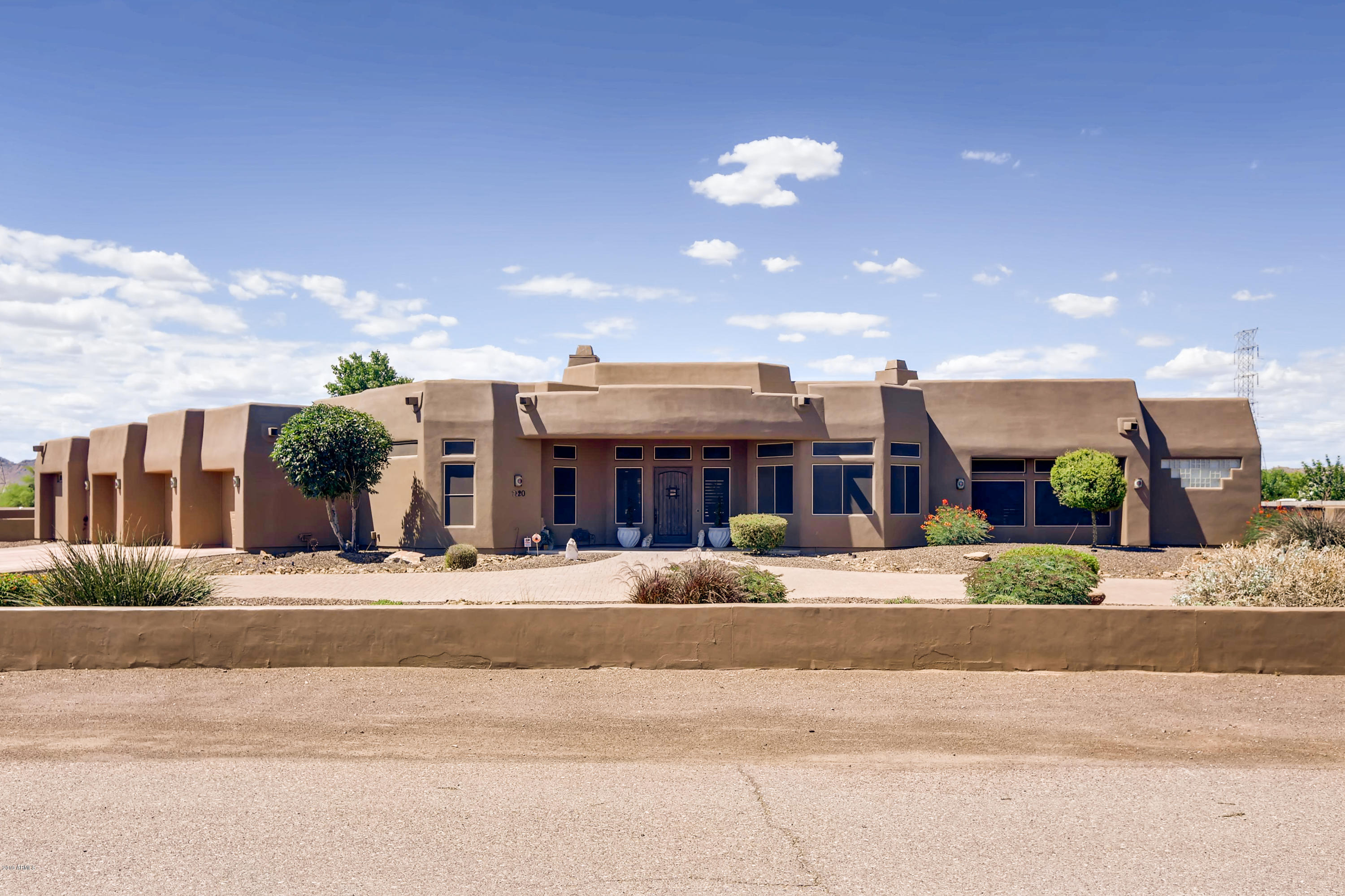 Photo of 7420 W VILLA LINDO Drive, Peoria, AZ 85383