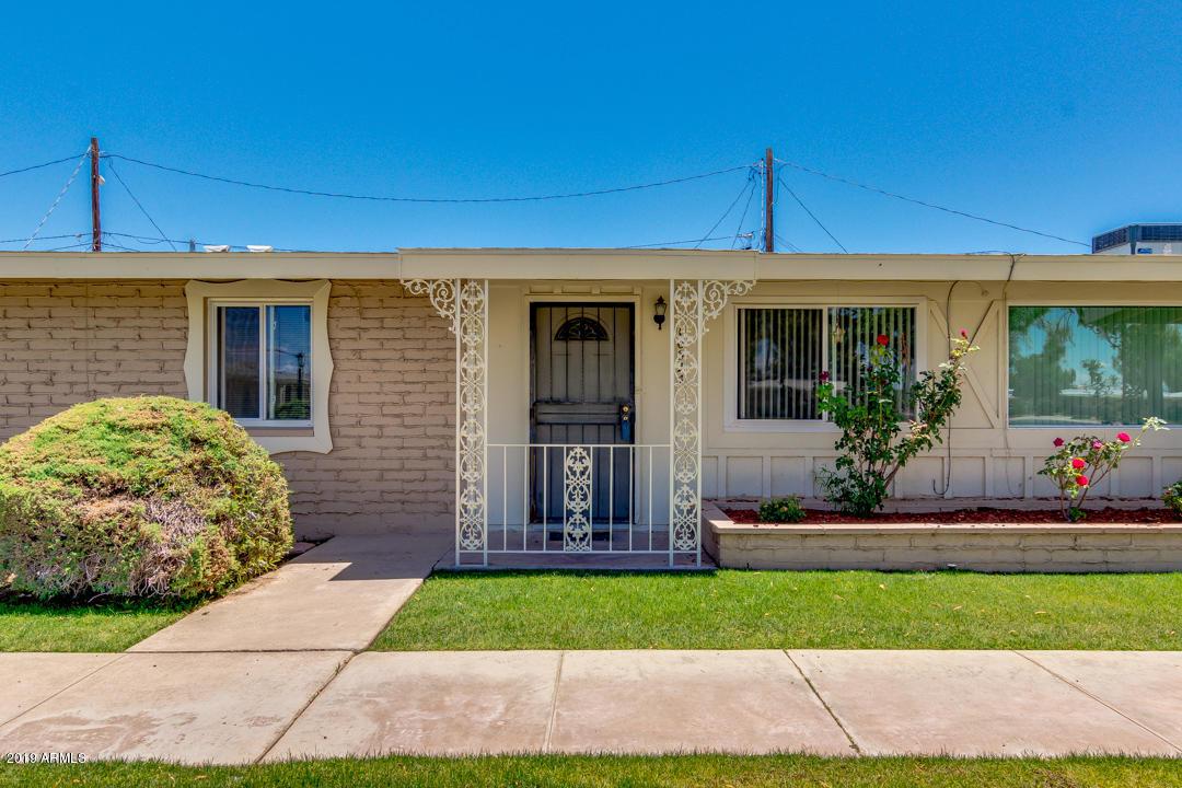 Photo of 10524 W OAKMONT Drive, Sun City, AZ 85351
