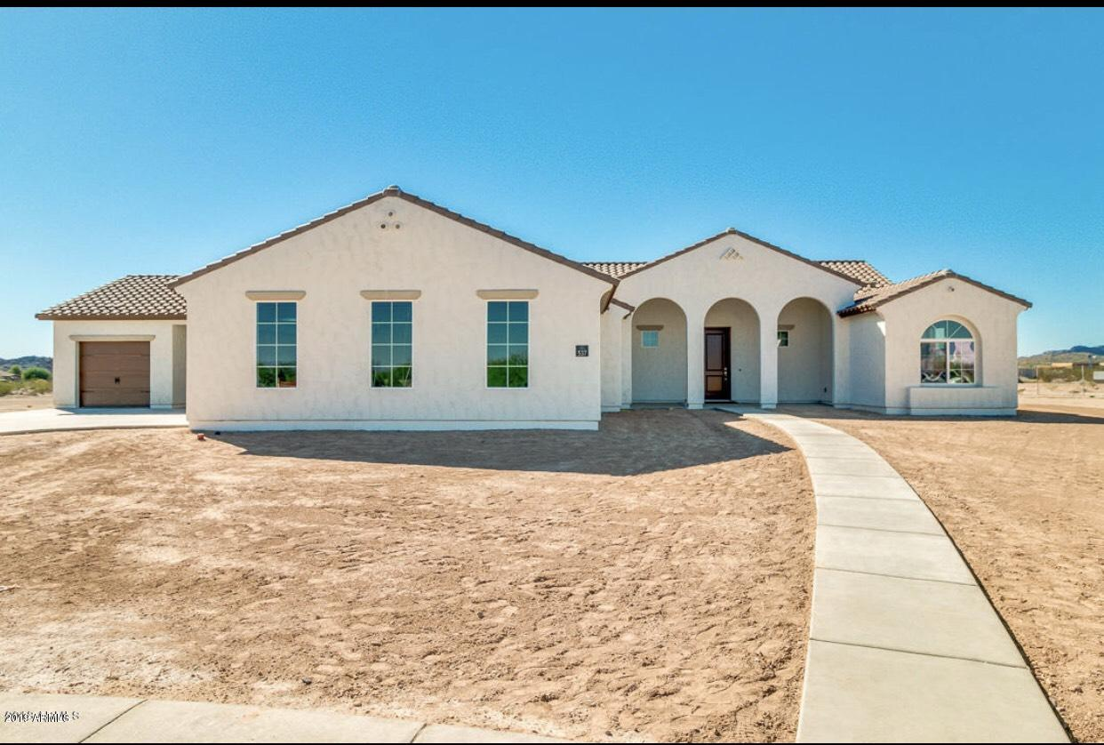 Photo of 552 W HAXTUN Street, San Tan Valley, AZ 85143