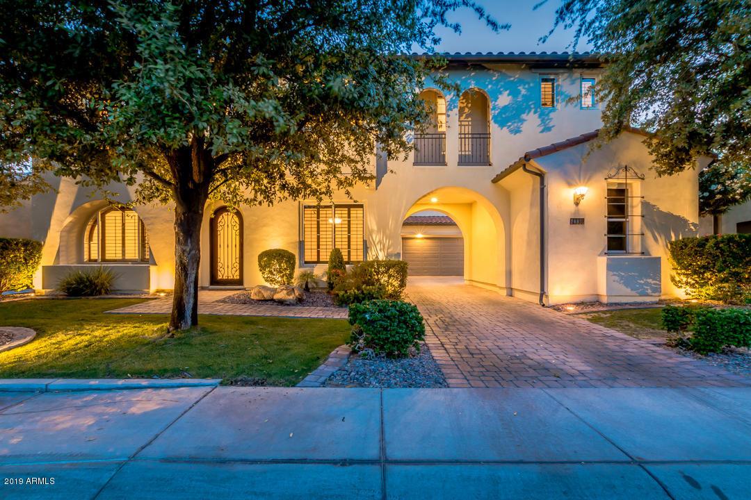 Photo of 4330 S ROSEMARY Place, Chandler, AZ 85248
