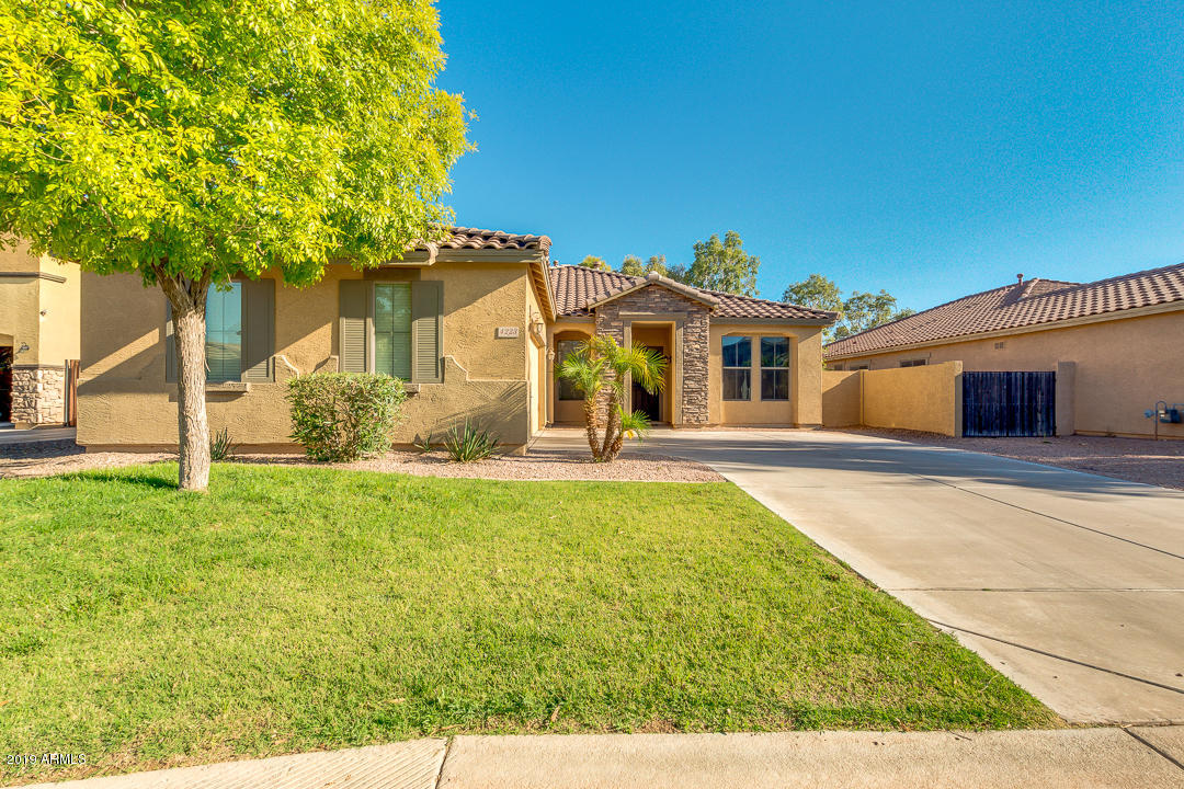 Photo of 4223 E GLENEAGLE Drive, Chandler, AZ 85249