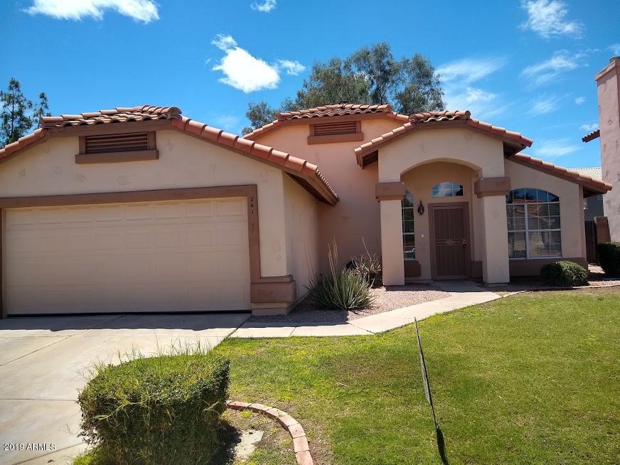 Photo of 741 W TUMBLEWEED Road, Gilbert, AZ 85233