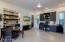 Generous Casita w/living room, Murphy Bed, wet bar, and bedroom/bath