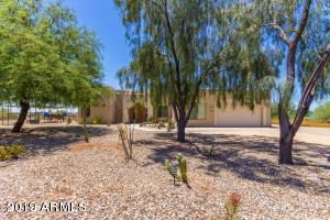 821 E DESERT RANCH Road, Phoenix, AZ 85086