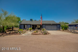 2060 S SIXSHOOTER Road, Apache Junction, AZ 85119