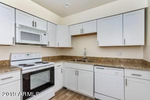6 E INGRAM Street, Mesa, AZ 85201