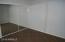 Guest Bedroom - Mirrored Slider Closet Doors