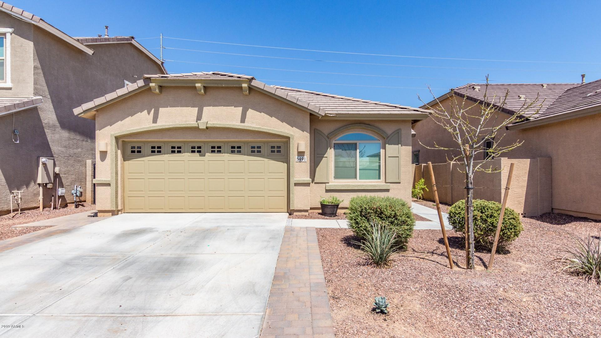 Photo of 5491 S JOSHUA TREE Lane, Gilbert, AZ 85298