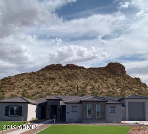273 W DUNDY Street, San Tan Valley, AZ 85143