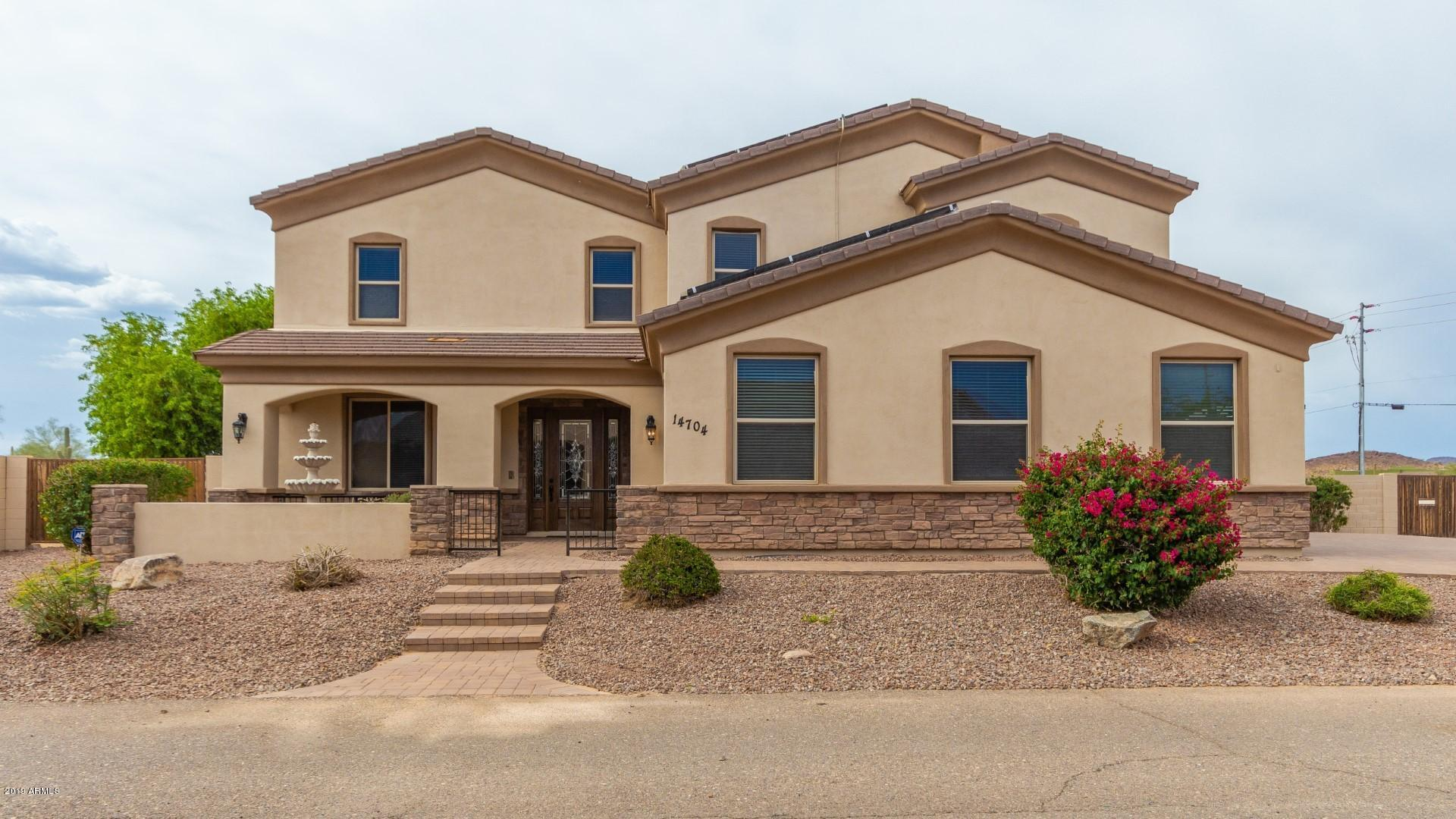 14704 W BLACK HILL Road, Surprise, Arizona