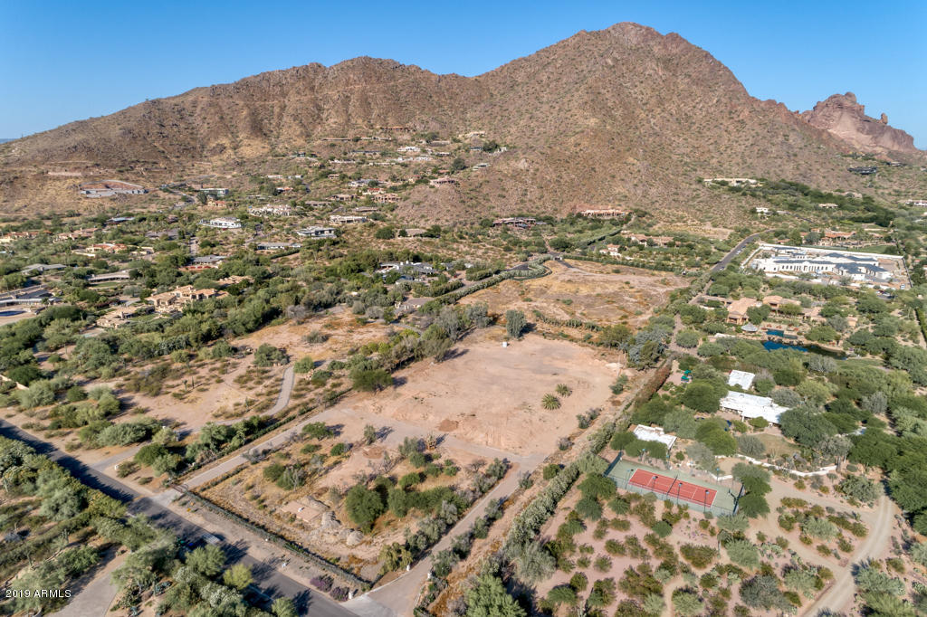 5600 N Saguaro Road, one of homes for sale in Paradise Valley
