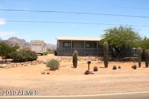 175 N TOMAHAWK Road, Apache Junction, AZ 85119
