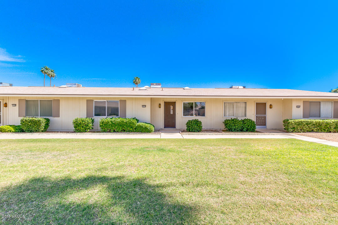 Photo of 13810 N SILVERBELL Drive, Sun City, AZ 85351