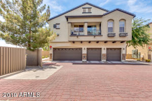 2727 N PRICE Road, 8, Chandler, AZ 85224