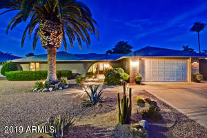 9733 W LONGHORN Court, Sun City, AZ 85373