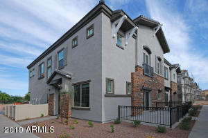 2734 S DECATUR Drive, 101, Gilbert, AZ 85295