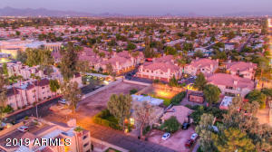 7520 E THOMAS Road, Scottsdale, AZ 85251