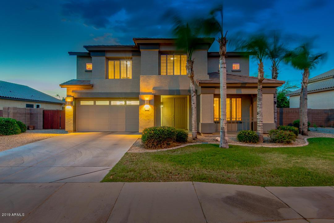 Photo of 1754 E SAN CARLOS Place, Chandler, AZ 85249