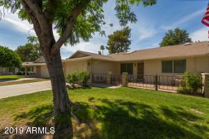 9722 W SANDSTONE Drive, Sun City, AZ 85351