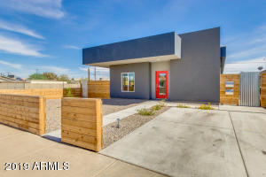 1121 E TAYLOR Street, Phoenix, AZ 85006