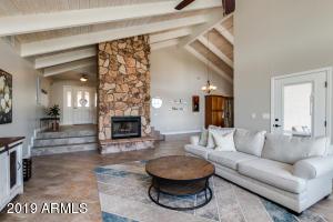 6365 E OMEGA Street, Mesa, AZ 85215