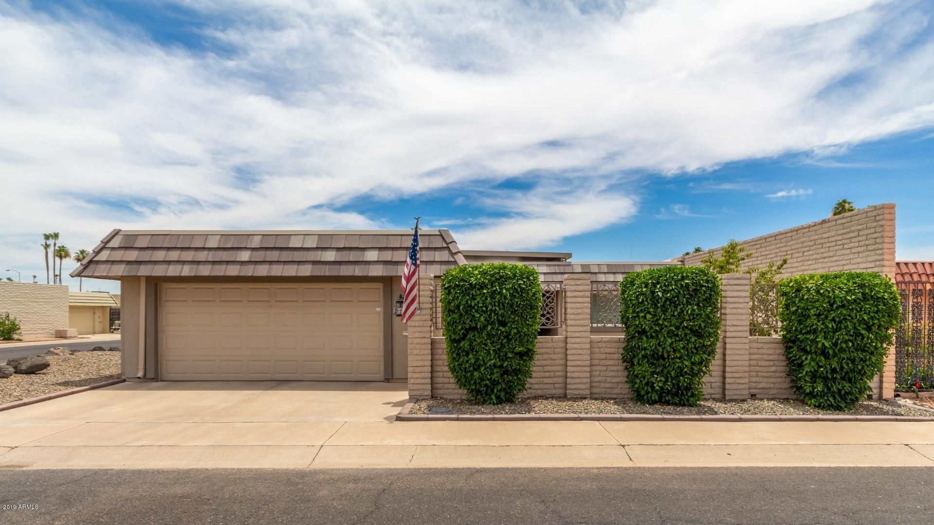 Photo of 10715 W EMERALD Drive, Sun City, AZ 85351