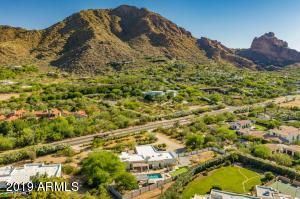 Property for sale at 5910 E Mcdonald Drive, Paradise Valley,  Arizona 85253