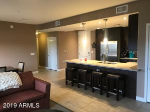 Open Kitchen/ breakfast bar to family room and dining