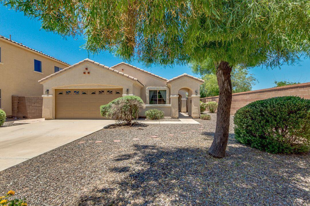 Photo of 5858 S BANNING Court, Gilbert, AZ 85298