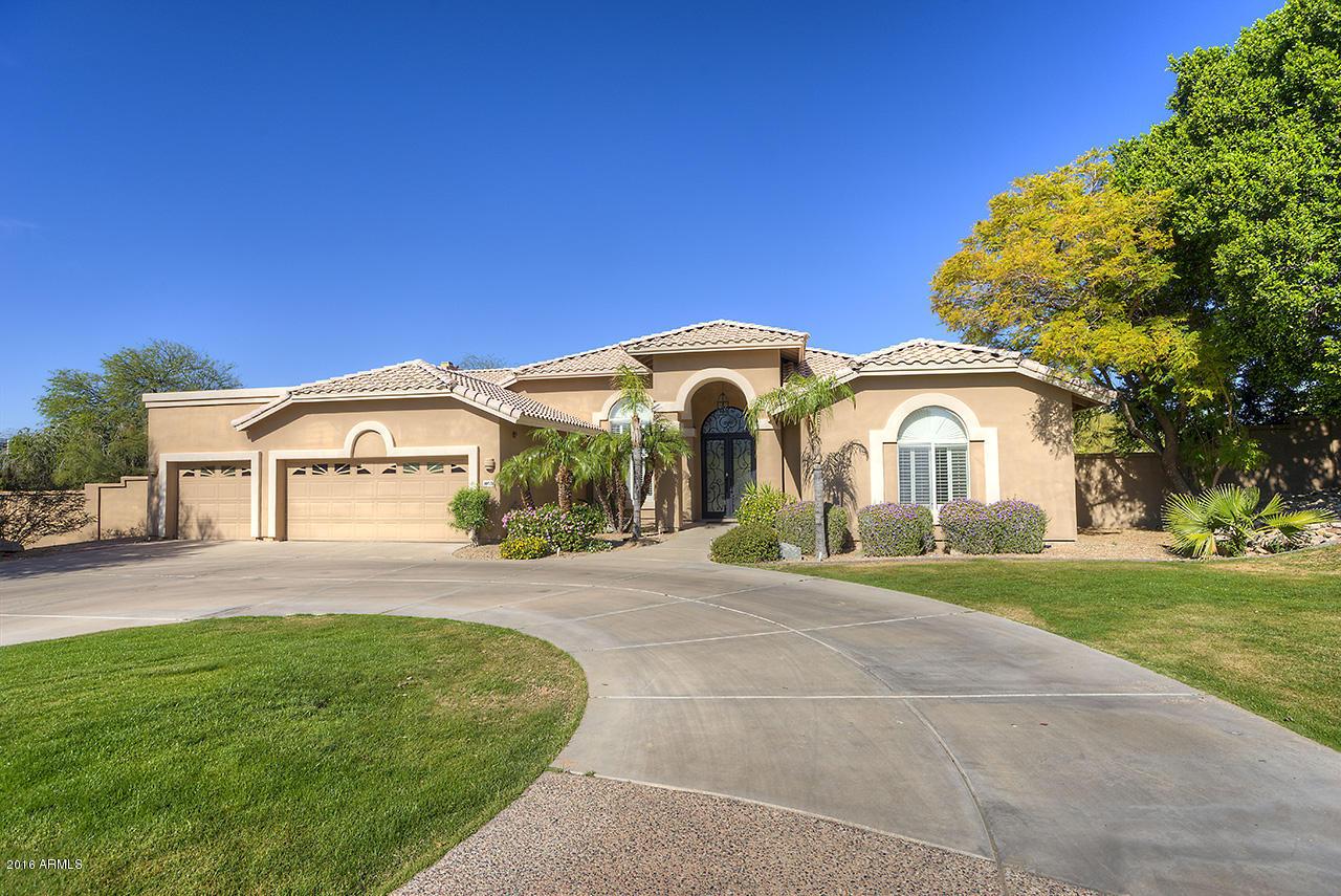 Photo of 10526 N 119TH Street, Scottsdale, AZ 85259