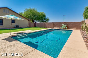 17415 W NORTHERN Avenue, Waddell, AZ 85355
