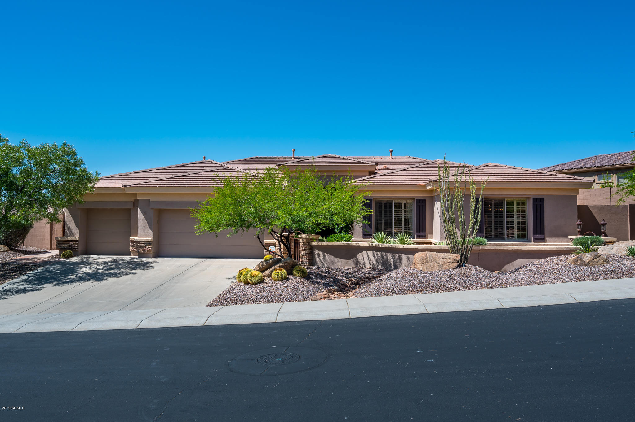 Photo of 42506 N BACK CREEK Way, Anthem, AZ 85086