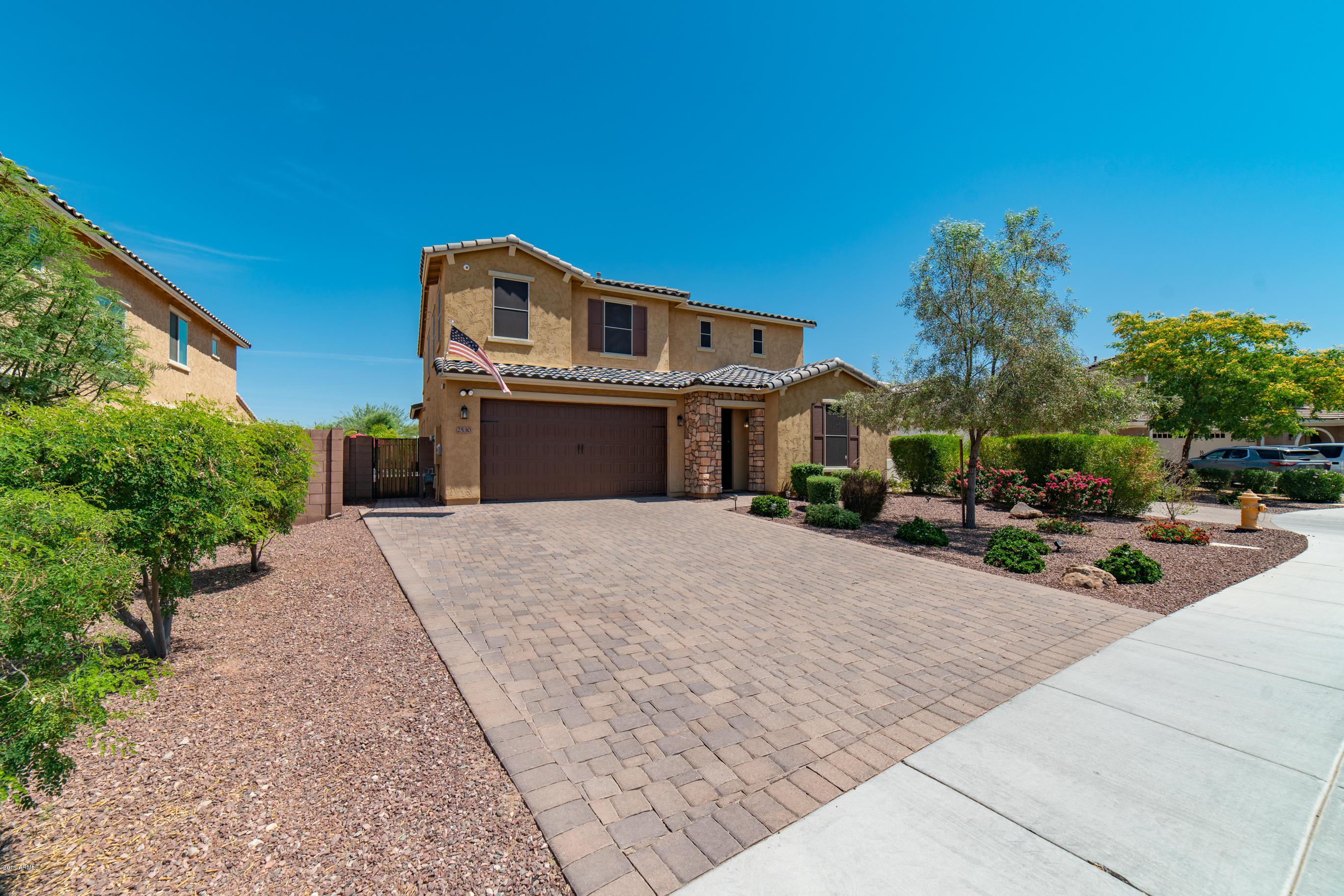2530 W BRISA Drive, Phoenix North, Arizona
