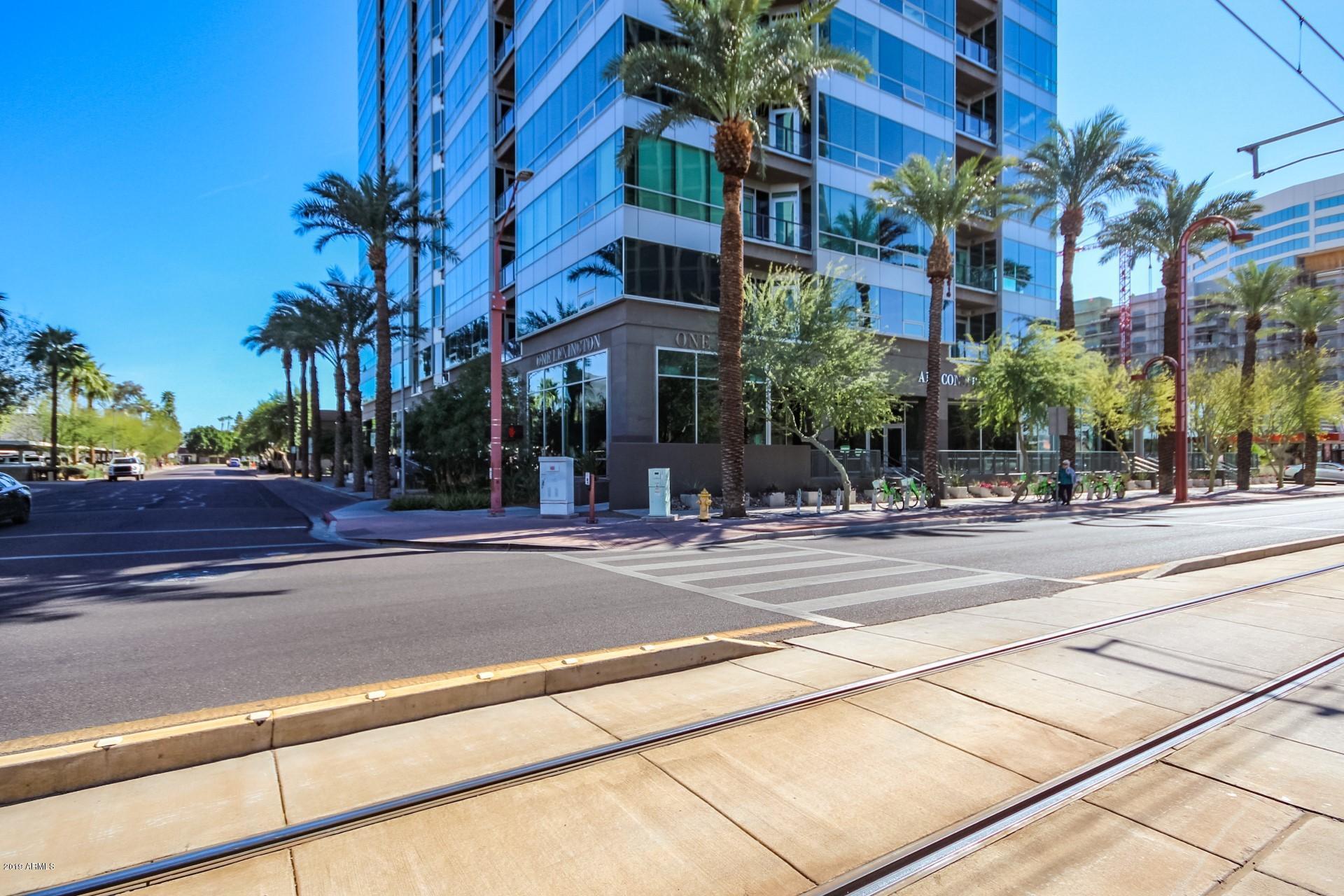 Photo of 1 E LEXINGTON Avenue #503, Phoenix, AZ 85012