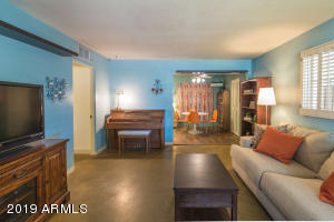 2144 W WELDON Avenue, Phoenix, AZ 85015