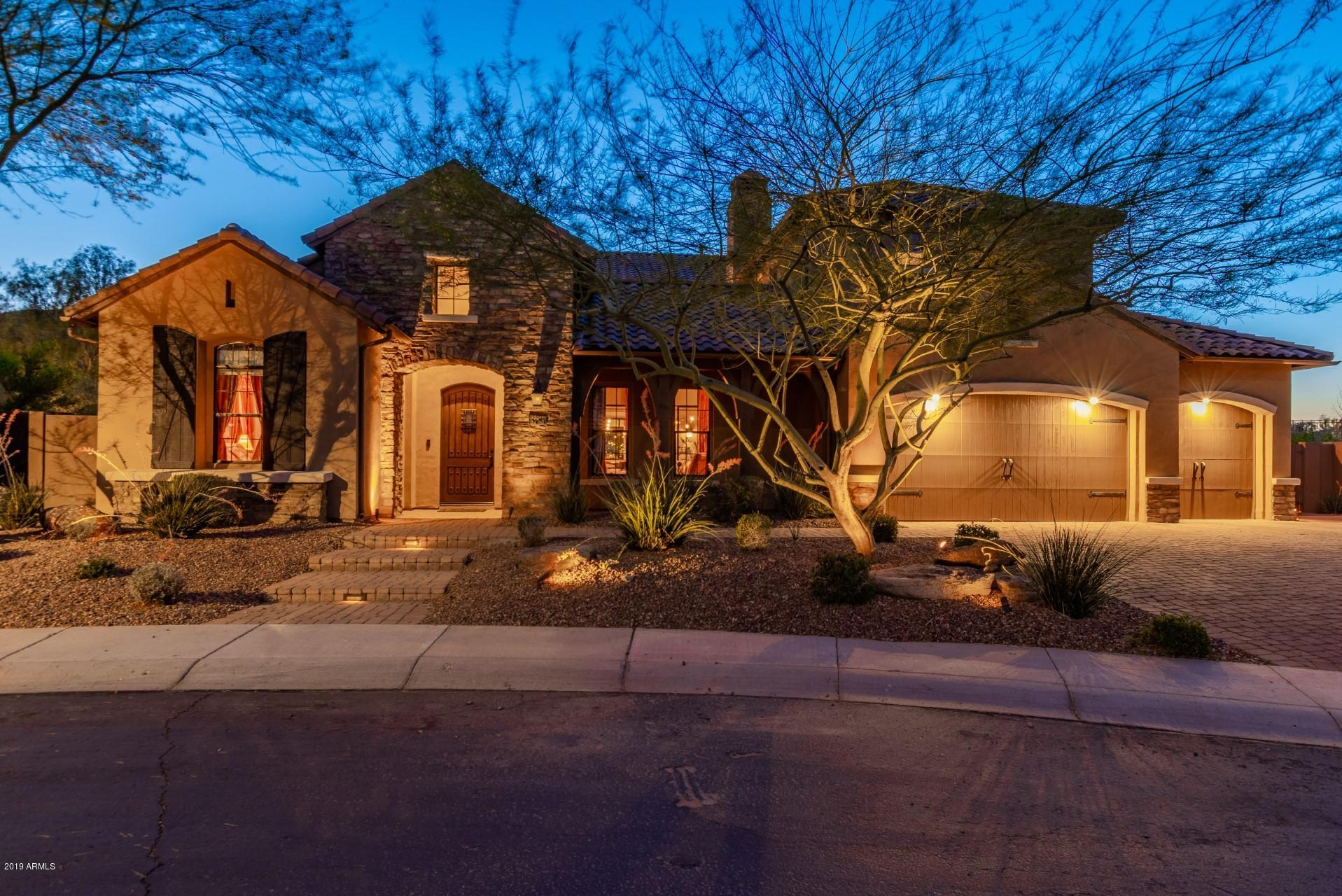 6768 W Lucia Drive, Peoria, Arizona
