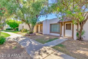 4605 W Desert Crest Drive, Glendale, AZ 85301