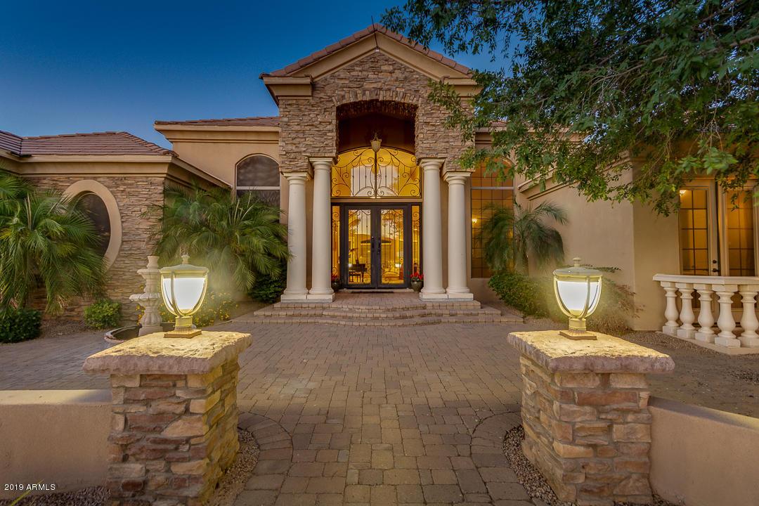 Photo of 5941 S Gemstone Drive, Chandler, AZ 85249