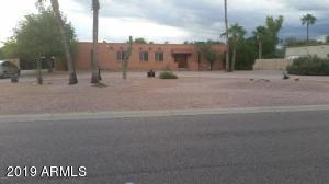 9810 N 57TH Street, Paradise Valley, AZ 85253