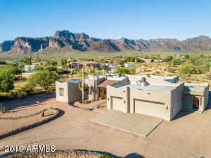 1515 S GERONIMO Road, Apache Junction, AZ 85119